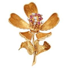 18 Karat French Orchid Diamond Ruby En Tremblant Brooch