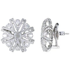 Studio Rêves Snowflakes Stud Earrings in 18 Karat White Gold and Diamonds