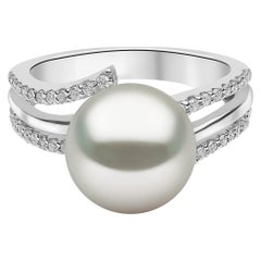 Yoko London South Sea Pearl and Diamond Ring, Set in 18 Karat White Gold