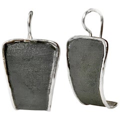 Yianni Creations Fine Silver and Black Oxidized Rhodium Dangle Earrings