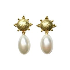 Freshwater Pearl 18 Carat Yellow Gold Earrings