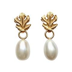 Leaf Top Cream Freshwater Pearl Earrings