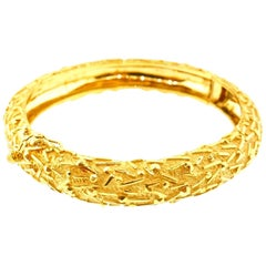 Tiffany & Co. Italy 18 Karat Yellow Gold Modernist Bangle