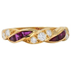 Oscar Heyman for Tiffany & Co. Retro Diamond Ruby 18 Karat Gold Band Ring
