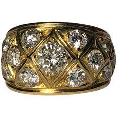Boucheron Dome White Round Brilliant Cut Diamond Ring 18 Karat Gold 2.50 Carat