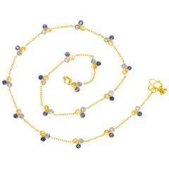 Scrives Mandarine Garnet Iolite 22 karat Gold Necklace