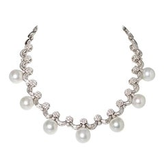 7 South Sea Cultured Pearls and 321 Diamonds, 18 Karat White Gold Necklace