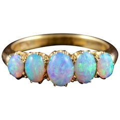 Antique Victorian 18 Carat Gold Opal Ring, circa 1880
