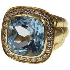 Sky Blue Topaz Diamond 18 Karat Yellow Gold Cocktail Ring
