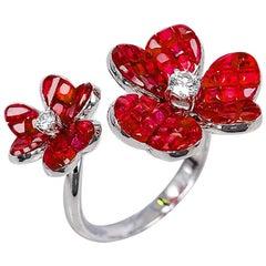18 Karat White Gold Ruby Ring