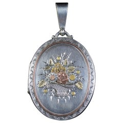 Antique Victorian Bouquet Locket Silver 18 Carat, circa 1900
