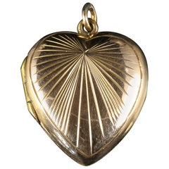 Antique Victorian Heart Locket 9 Carat Gold, circa 1900