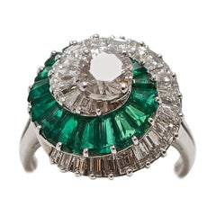 Cartier Diamond Emerald Whirlwind Ring