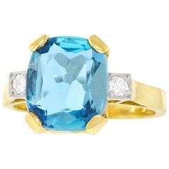 Lawrence Jeffrey 3.23 Carat Aquamarine Set Gold Ring