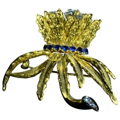 18 Karat Dan Frere Pendant Brooch Combination with Sapphires and Diamonds