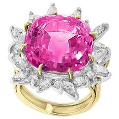15 Carat Kunzite and Diamond Cocktail /Engagement Ring in 18 Karat Gold Estate