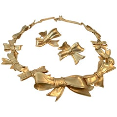 Angela Cummings 1984 18 Karat Yellow Gold Bow Earrings and Necklace Sold as Set