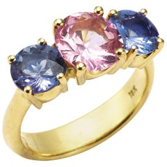 Pink Spinel and Round Tanzanite 18 Karat Gold Ring