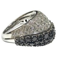 Chimento 18 Karat Gold Black and White Diamond Ring with 3.76 Carat Diamond