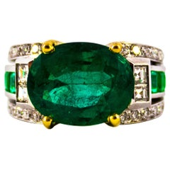 Art Deco 6.93 Carat Emerald 0.82 Carat White Diamond White Gold Cocktail Ring
