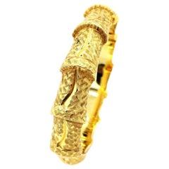 18 Karat Carved Gold Plain Bangle