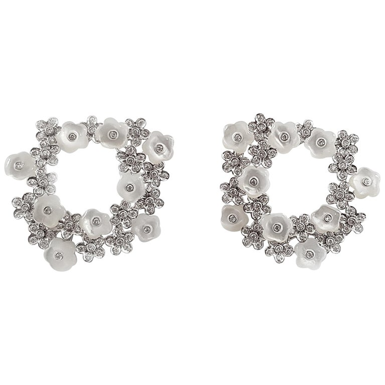 Fei Liu 18 Karat White Gold Stud Earrings with Mother of Pearls For Sale
