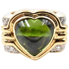 14 Karat Yellow Gold Heart Shaped Peridot and Diamond Ring
