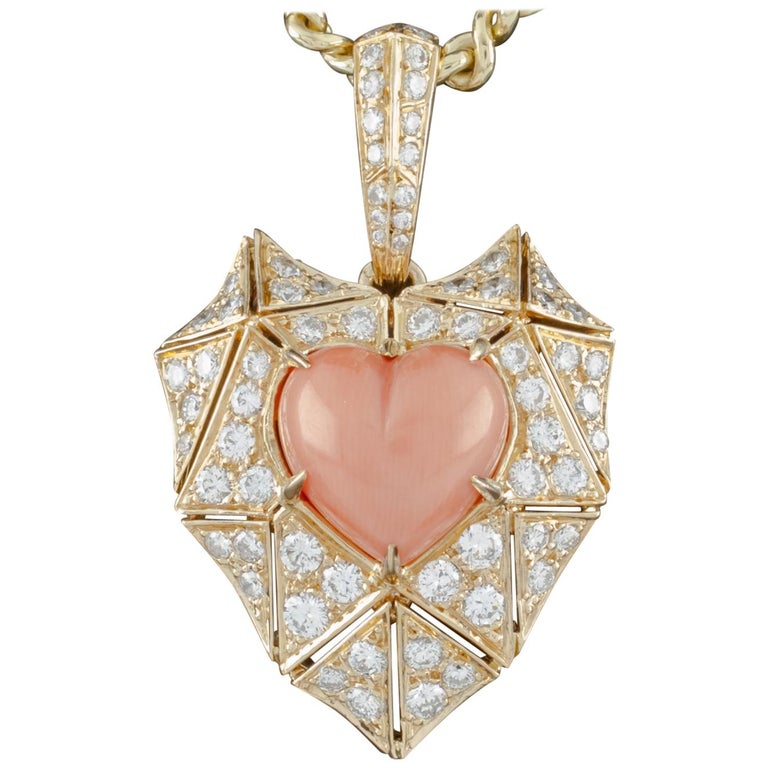 Bulgari Bvlgari High Jewelry Diamond and Coral Heart 18 Karat Gold Pendant For Sale