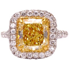 GIA Certified Fancy Yellow 3.05 Carat Radiant Diamond Cocktail Platinum Ring