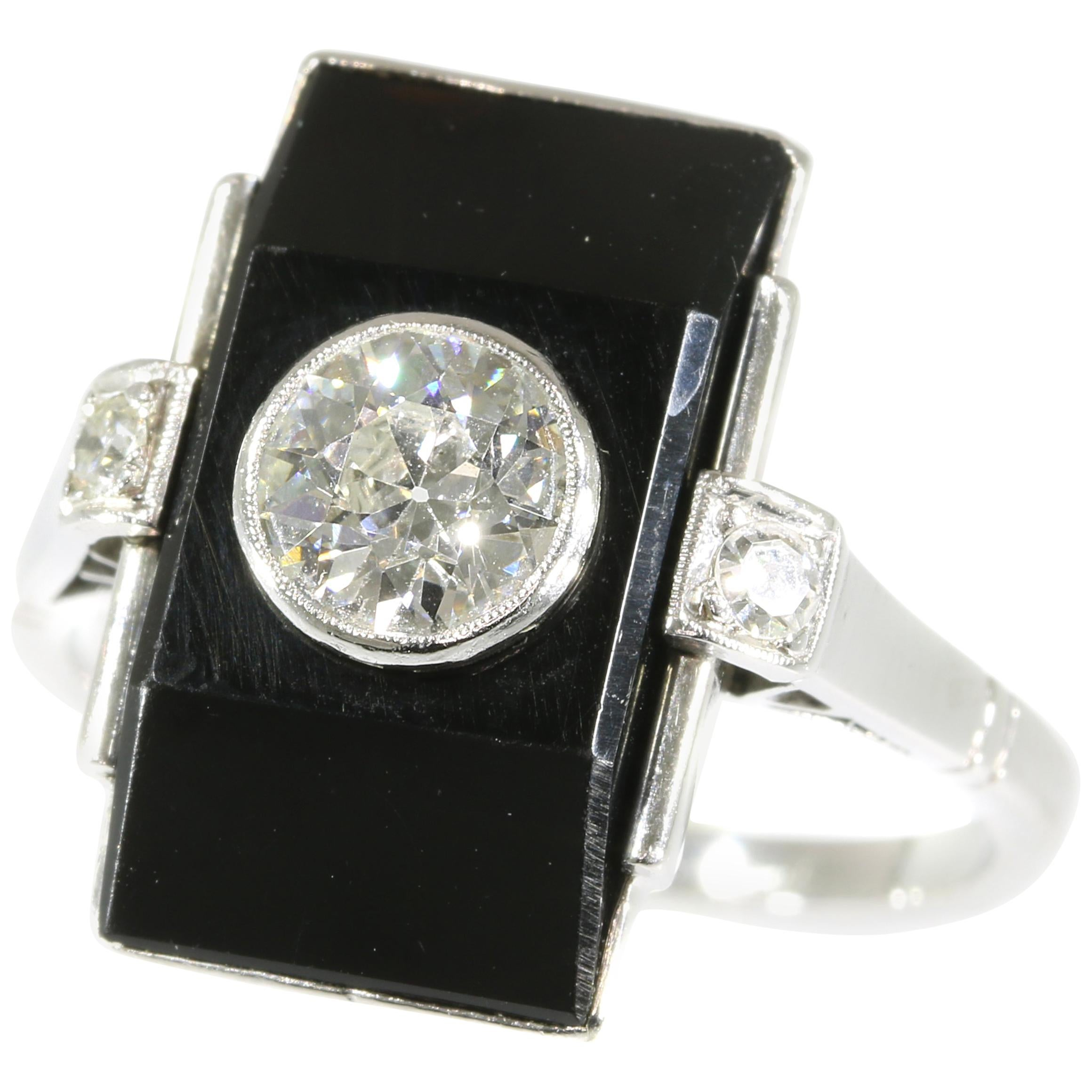 Platinum ring with Diamonds and Onyx
