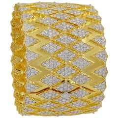 32 Carat Diamond 18 Karat Gold Cocktail Bangle Bracelet Estate Large Size