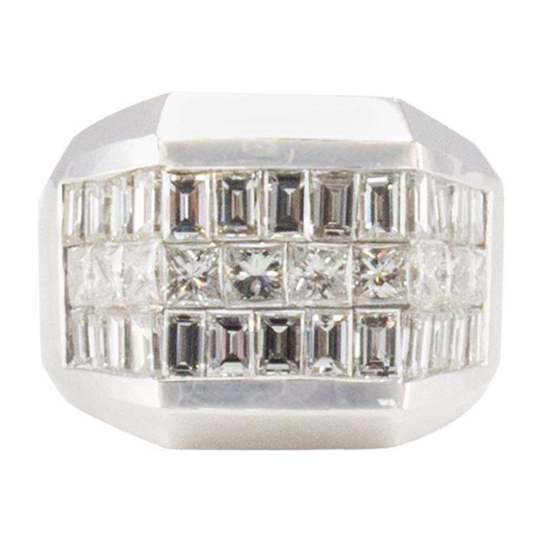 4.01 Carat Total Invisible Set Baguette and Princess cut Diamond Cocktail Ring For Sale