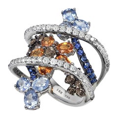 18 Karat White Gold Flower Ring Set with Colorful Diamonds and Sapphires New