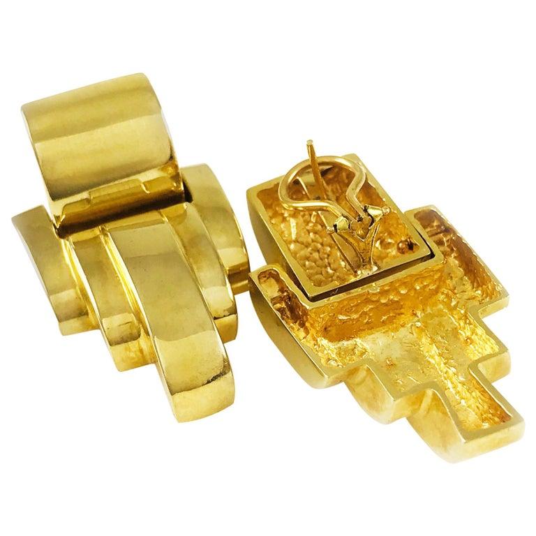 14 Karat Gold Heavyweight Scalloped Earrings For Sale