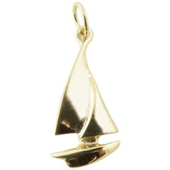 14 Karat Yellow Gold Sailboat Charm