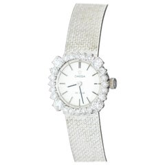 Beautiful Omega Ladies Diamond Watch, 18 Karat Gold, Set with 24 Brilliants