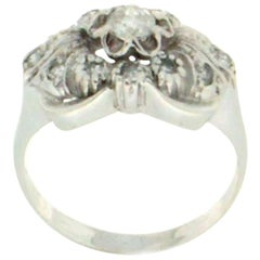 Diamonds 18 Karat White Gold Engagement Ring