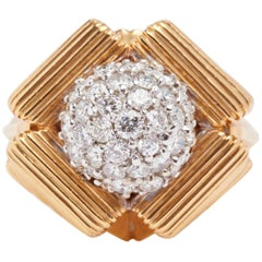 18 Karat Yellow Gold Dome Cluster Geometric Ring
