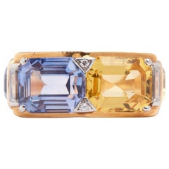 18 Karat Yellow Gold Ring with Blue Sapphires, Yellow Sapphires and Diamonds