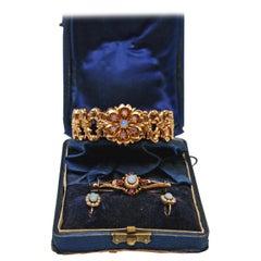 Bracelet Brooch Earrings Gold 585 Opals Freshwater Pearls Rubies, circa 1880