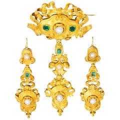 Victorian 1.50 Carat Colombian Emerald Natural Pearl 18 Karat Demi-Parure