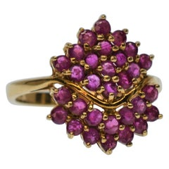 Vintage 1940's Natural Genuine Fuchsia Ruby 10K Yellow Gold Ring