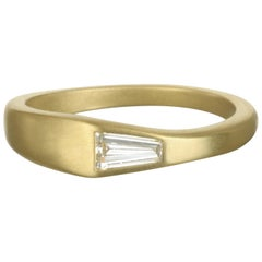 Faye Kim 18 Karat Tapered Diamond Baguette Ring