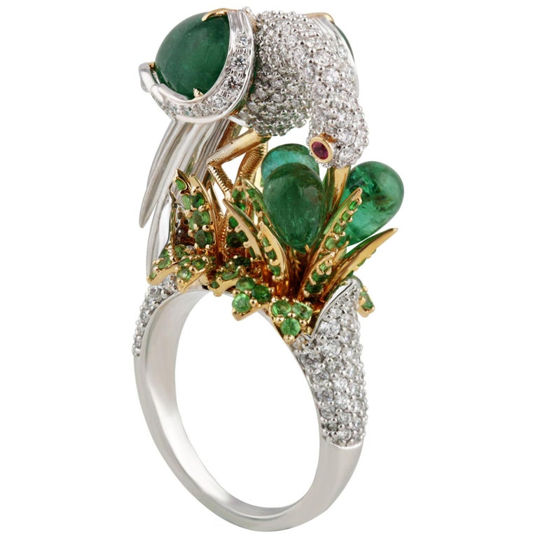 Studio Rêves Crane Ring in 18K Gold and Diamonds with Emeralds and Tsavorites For Sale