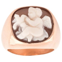 Gold Shell Eros Cameo Ring