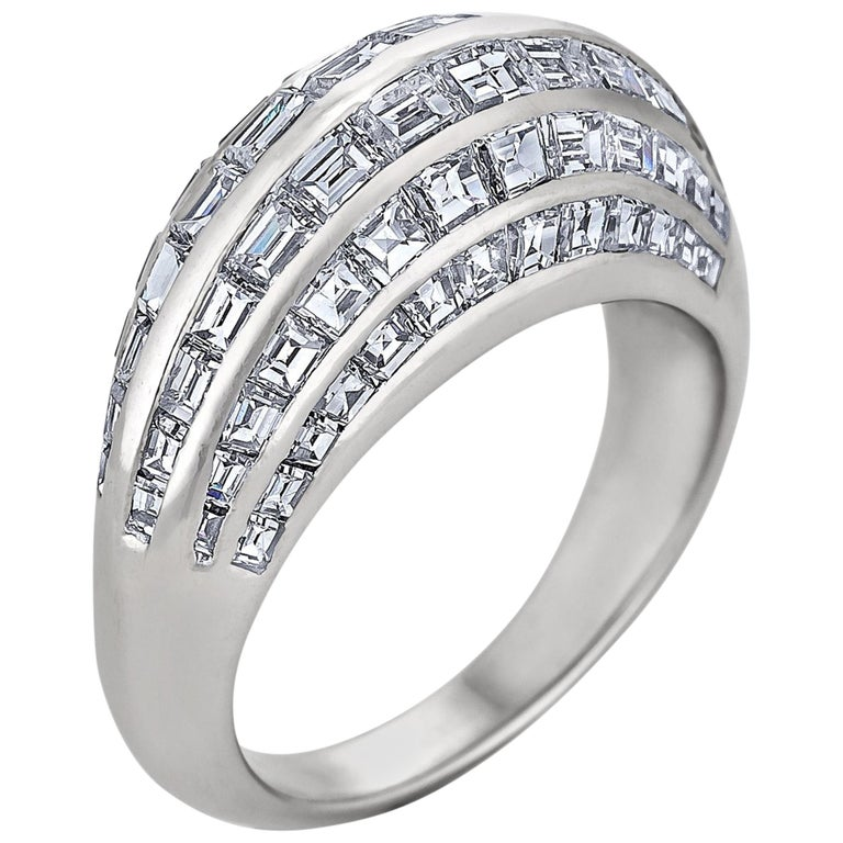 Van Cleef & Arpels Paris Midcentury Diamond Platinum Bombe Ring For Sale