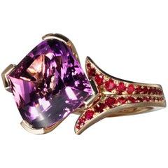 Robert Vogelsang 20.24 Carat Amethyst Ruby Rose Gold Cocktail Ring