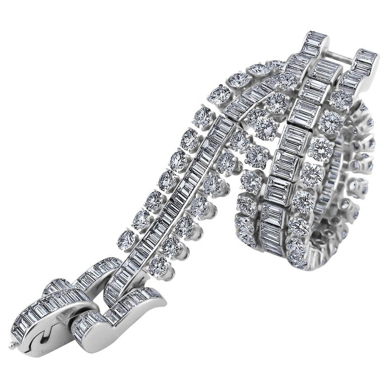 Boucheron Paris Midcentury Diamond Platinum Bracelet For Sale