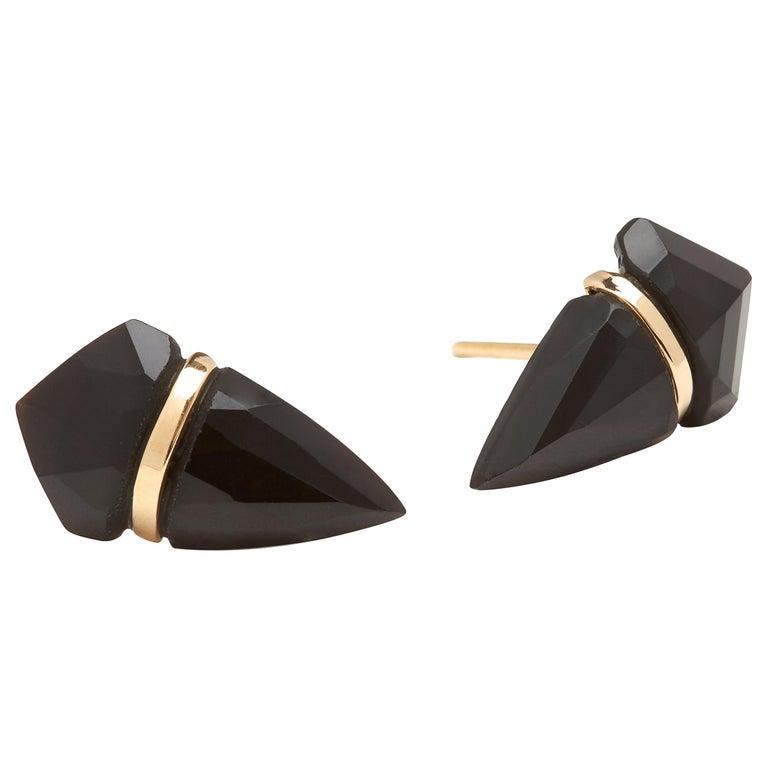 18 Karat Gold Black Onyx Stud Earrings For Sale