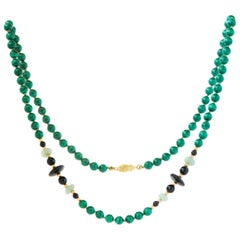 1950s Malachite, Jade and Onyx Bead 14 Karat Gold Necklace